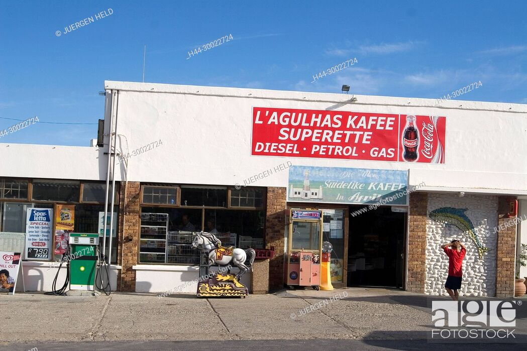 Stock Photo: south africa cape agulhas, southermost Kafee of africa, petrol station,.