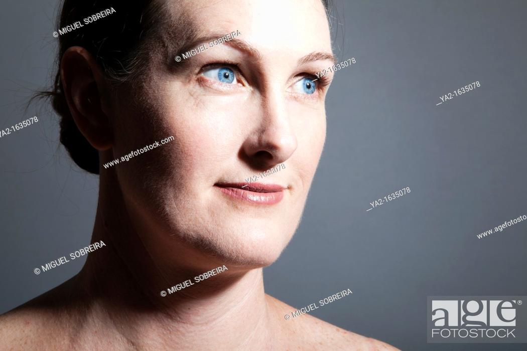 Imagen: Middle Aged Woman Beauty.