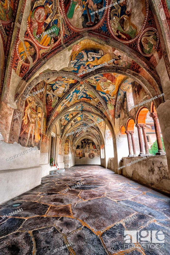 Stock Photo: Europe, Italy, South Tyrol, Bolzano. The cloister of the Cathedral of Bressanone, Brixen.