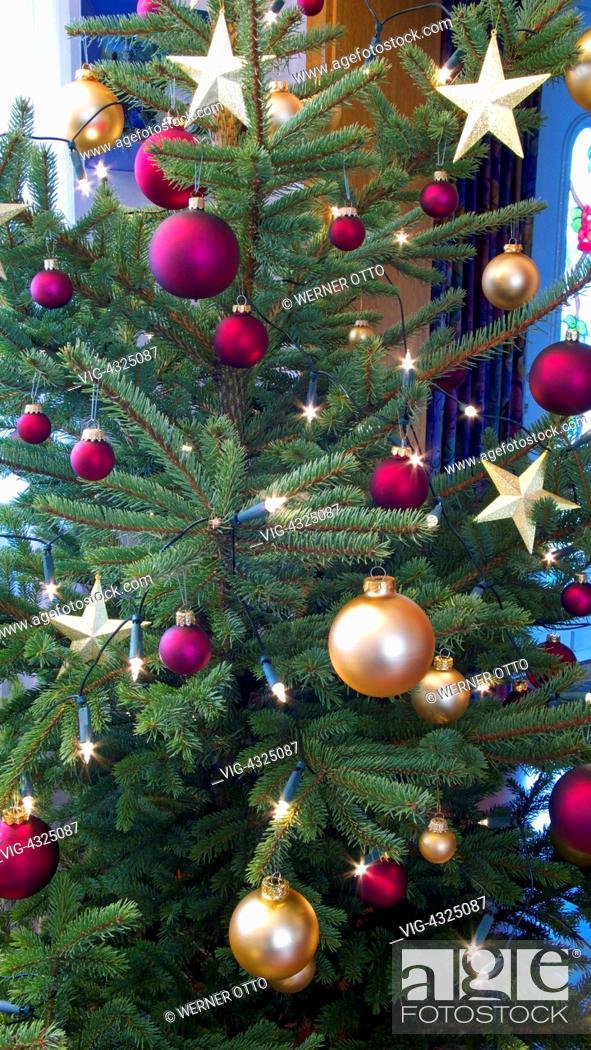 Otto Christbaumkugeln.Weihnachten Advent Festlich Geschmueckter Weihnachtsbaum