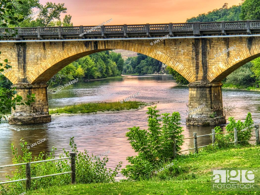 Stock Photo: Dordogne Bridge at Rouffillac at sunset, near Carlux, Dordogne Department, Nouvelle Aquitaine, France.