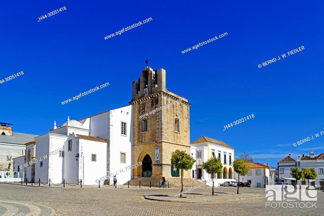 Stock Photo: Sé Catedral de Faro, Igreja de Santa Maria, Faro Portugal,.