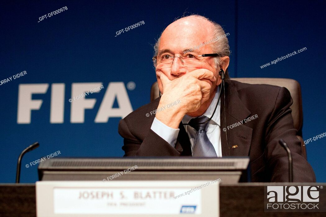 Imagen: JOSEPH SEPP BLATTER LISTENING TO A QUESTION FROM A JOURNALIST DURING A PRESS CONFERENCE AT THE FIFA HEADQUARTERS, INTERNATIONAL FOOTBALL FEDERATION, ZURICH.