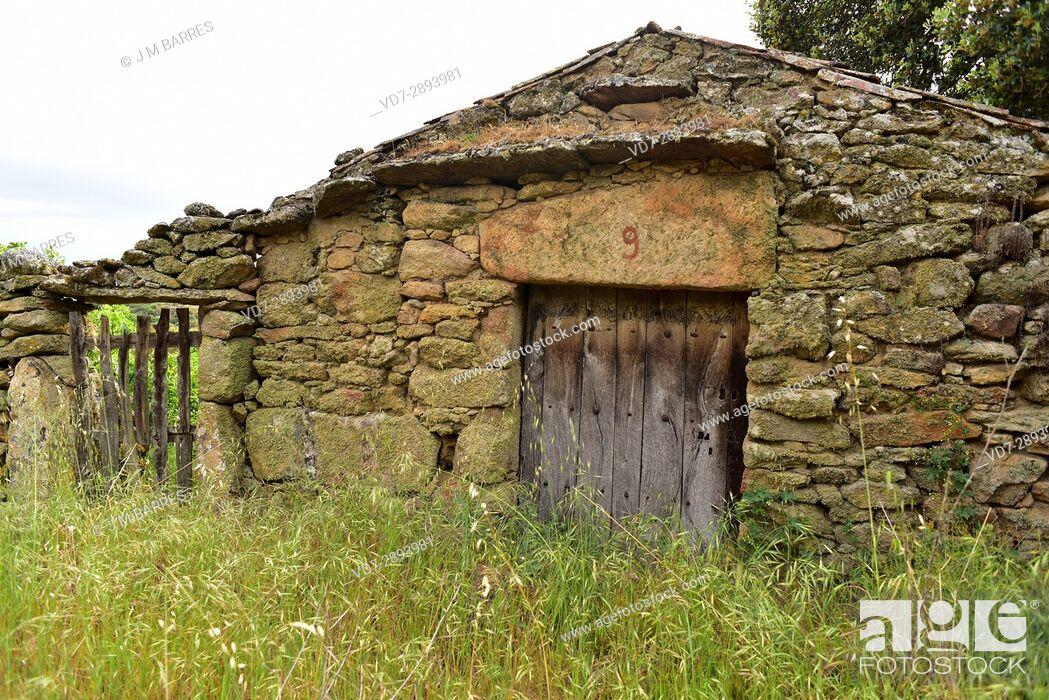Stock Photo: Popular architecture. House building with granite blocks. Cozcurrita, Sayago, Zamora Province, Castilla-Leon, Spain.