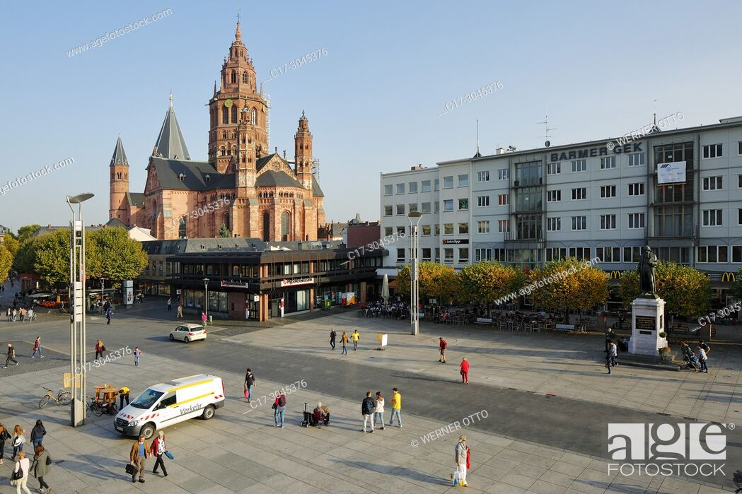 Stock Photo: Mainz, D-Mainz, Rhine, Rhine-Main district, Rhineland, Rhineland-Palatinate, Mainz Cathedral and Gutenberg Square with Gutenberg Monument, St.