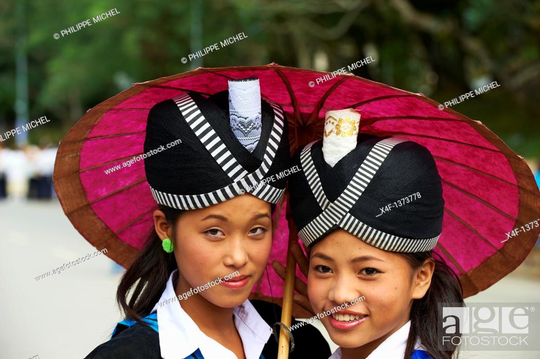 Stock Photo: Laos, Province of Luang Prabang, city of Luang Prabang, World heritage of UNESCO since 1995, Lao New year festival, Hmong ethnic groupe.