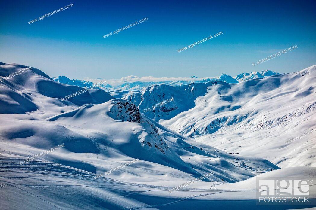 Stock Photo: Snow covered Alps, Davos Platz, Graubunden, Switzerland.