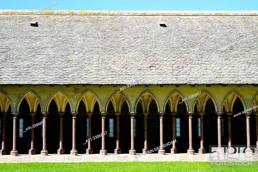 Stock Photo: France, Normandie, Manche, Mont Saint-Michel abbey.