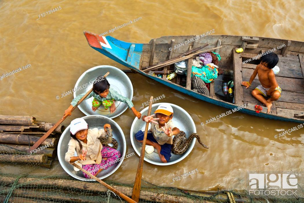 Stock Photo: Chong Khneas floating village  Tonle Sap Lake  Siem Reap province, Cambodia, Asia.