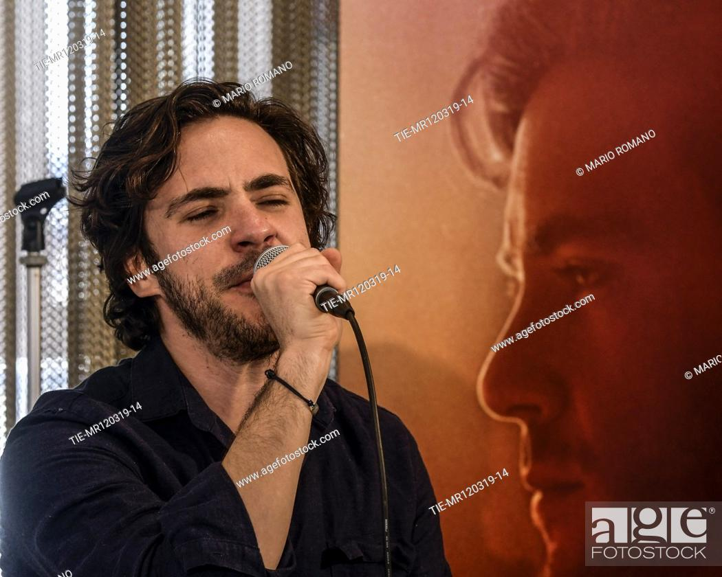 Imagen: Jack Savoretti during the presentation of new album 'Singing to strangers' in Milan, ITALY-12-03-2019.