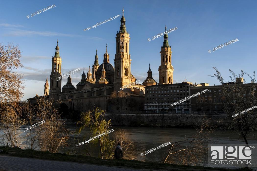 Stock Photo: El Pilar Basilica and Ebro River, Zaragoza, Spain.