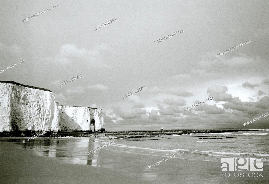 Stock Photo: Kingsgate Bay in Broadstairs in Thanet in Kent in England in Great Britain in the United Kingdom UK Europe.