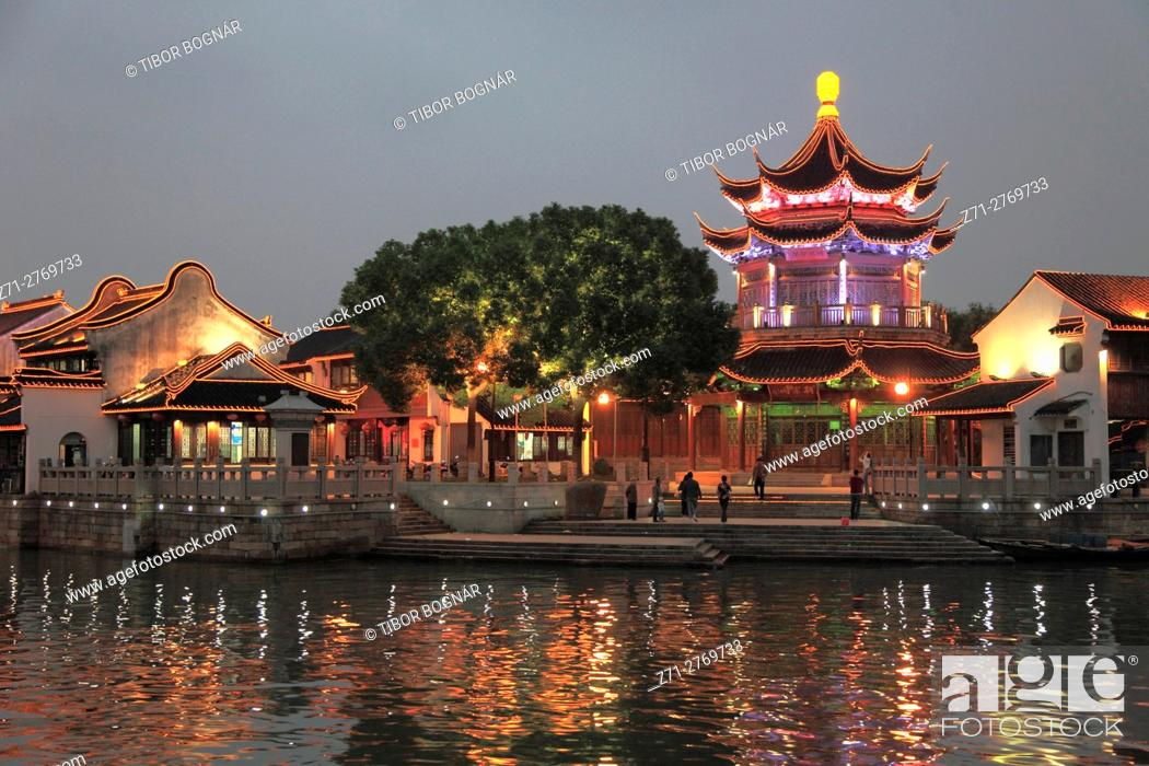 Stock Photo: China, Jiangsu, Suzhou, Shantang Old Town, pagoda, old houses, canal scene, .