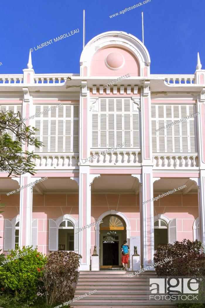 Stock Photo: Palacio do Povo Museum, former Government Palace, Mindelo, Sao Vicente, Cape Verde Islands, Africa.