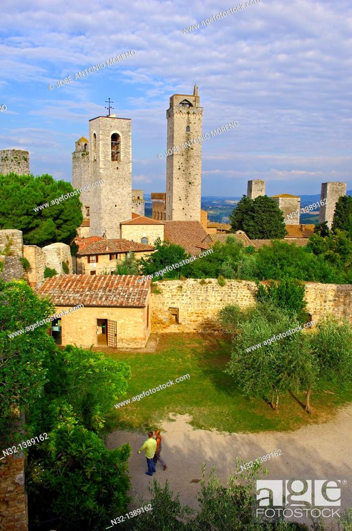 Stock Photo: San Gimignano, Tuscany, Italy, Siena Province UNESCO World Heritage Site Europe.
