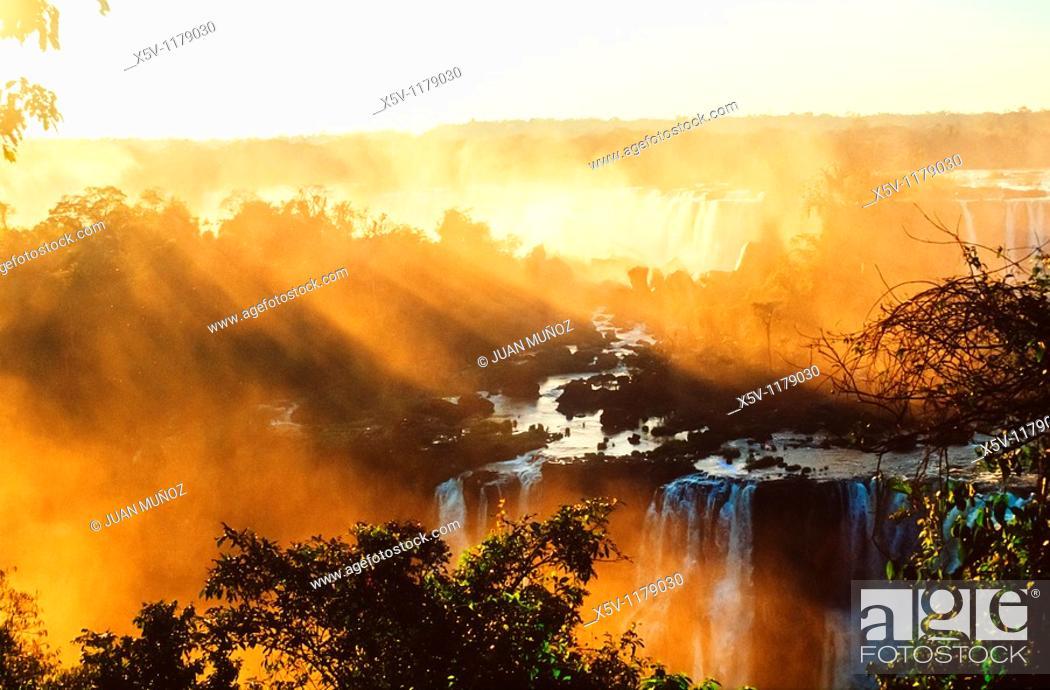 Stock Photo: Iguazu Falls. Argentina. Brazil. Paraguay. South America.