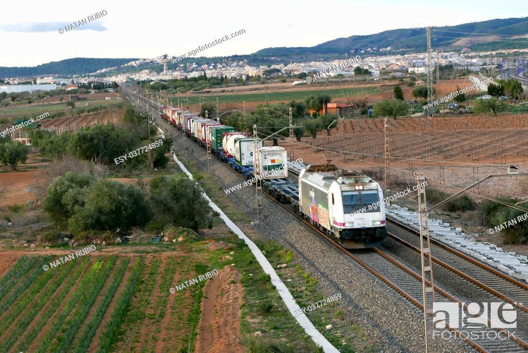 Stock Photo: Locomotive and wagons.