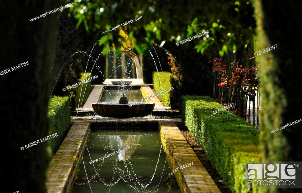 Stock Photo: Fountain in garden, Granada, Alhambra, Andalusia, Spain, Mediterranean Countries.