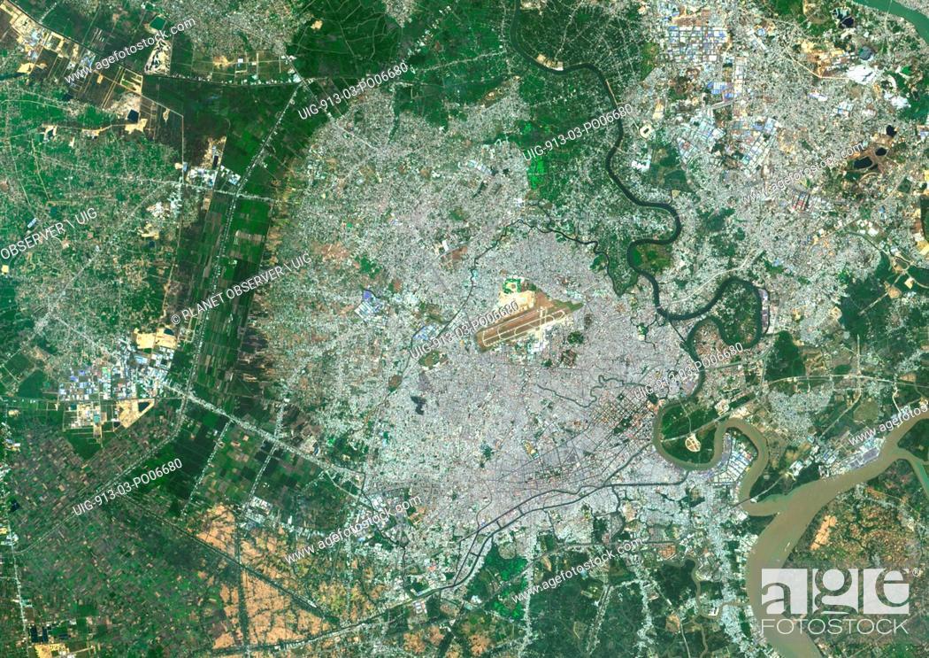 Imagen: Colour satellite image of Ho-Chi-Minh City, Vietnam. Image taken on January 21, 2014 with Landsat 8 data.