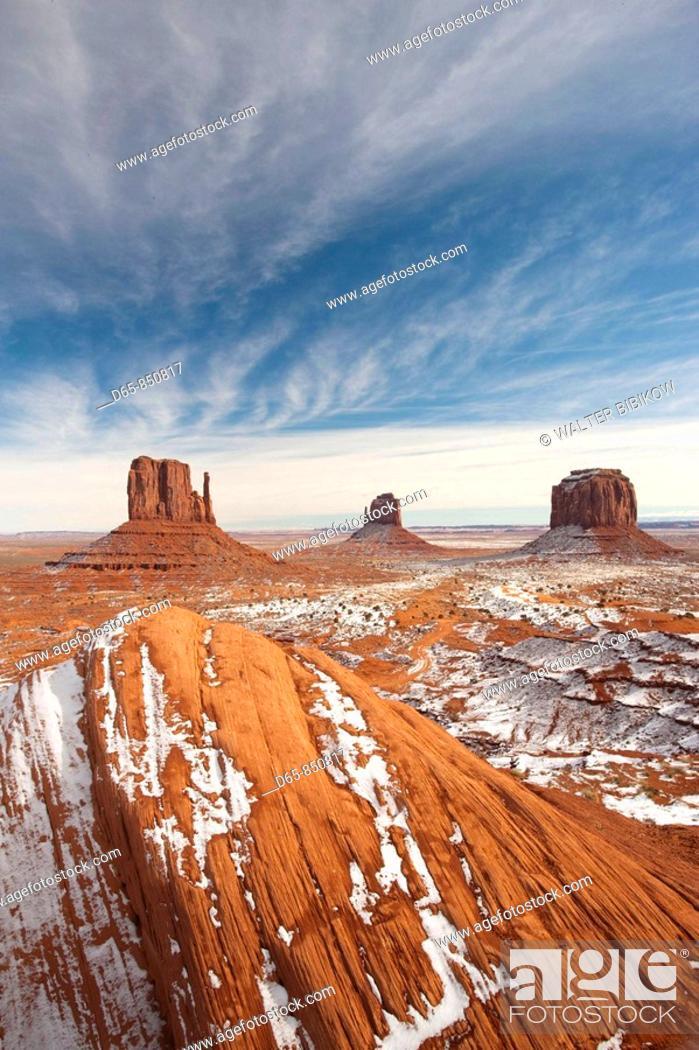 Stock Photo: Monument Valley in the snow, Monument Valley Navajo Tribal Park, Arizona, USA.