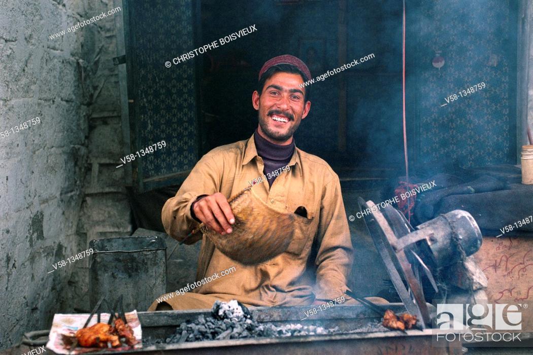 Stock Photo: Pakistan, Baltistan, Skardu, Kebab maker.