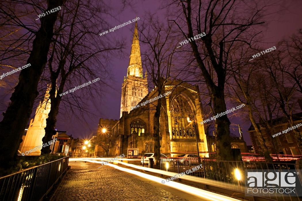 Stock Photo: Holy Trinity Church in Coventry at night, Coventry, West Midlands of England, United Kingdom.