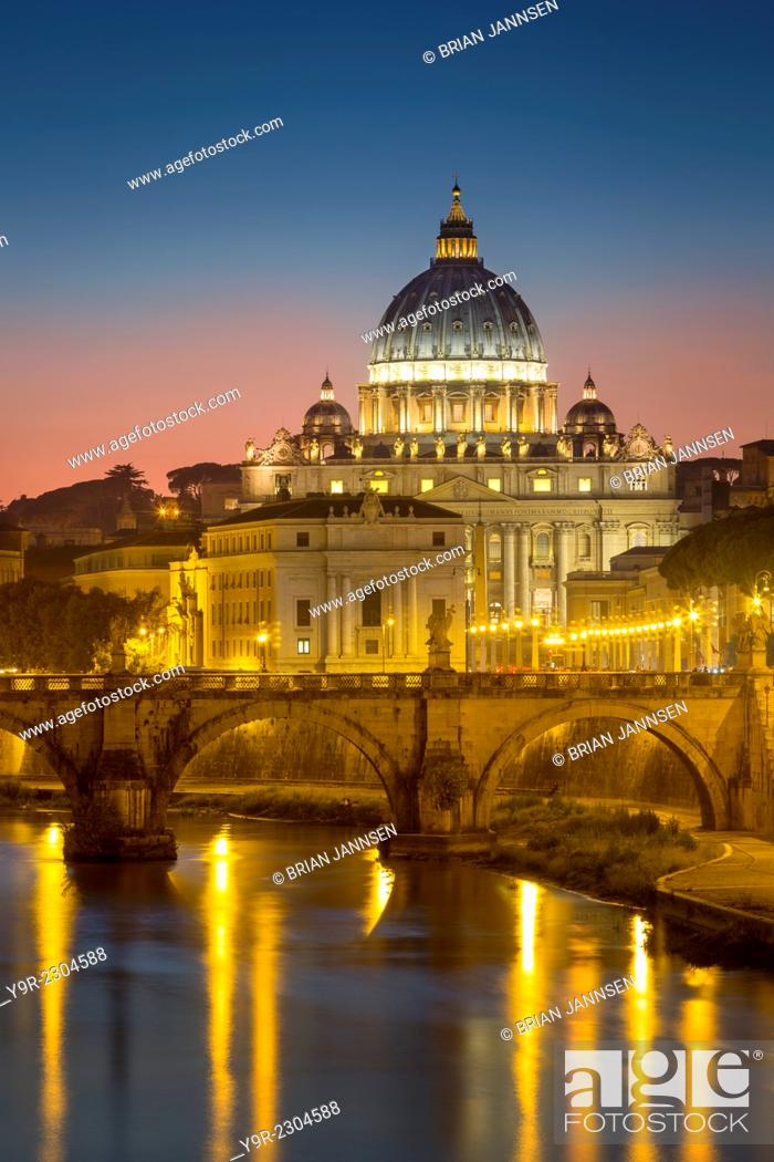 Stock Photo: Twilight over River Tibor and the dome of San Pietro, Vatican, Rome, Lazio, Italy.