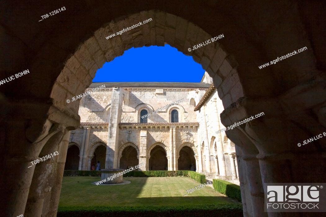 Stock Photo: France, 85, Poitevin, Nieul on Autise: Romanesque abbey saint vincent.
