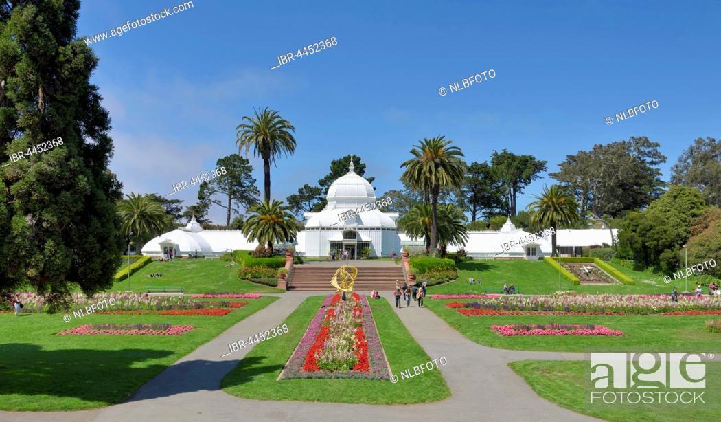 Stock Photo: Flowerbeds, Conservatory of Flowers, Golden Gate Park, San Francisco, California, USA.