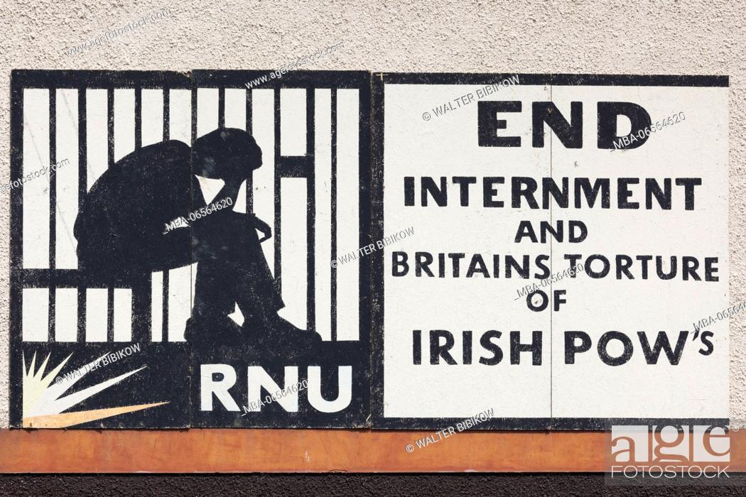 Stock Photo: UK, Northern Ireland, County Londonderry, Derry, Bogside area, Republican and anti-British political wall mural.