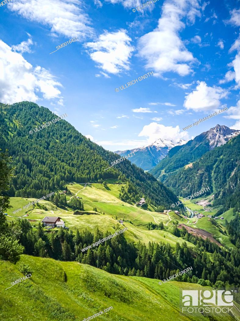 Stock Photo: Scenic view over the Passeier Valley above Moos near Rabenstein, South Tyrol, Italy.