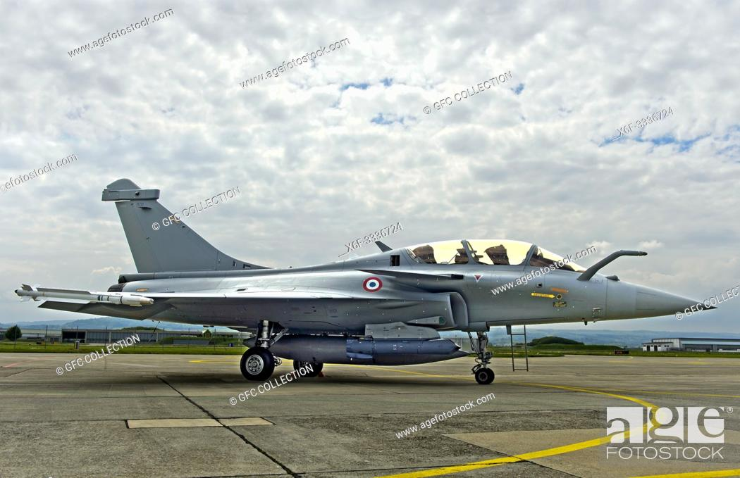 Photo de stock: French Air Force Dassault Rafale B 4-FU SPA 81 fighter aircraft, presentation on the Payerne military airfield in the context of the AIR2030 procurement.