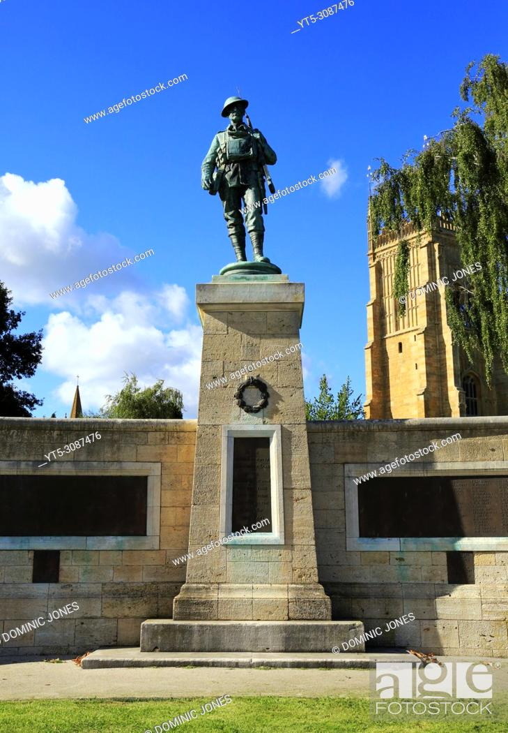 Stock Photo: The War Memorial in Abbey Park, Evesham, Worcestershire, England, Europe.