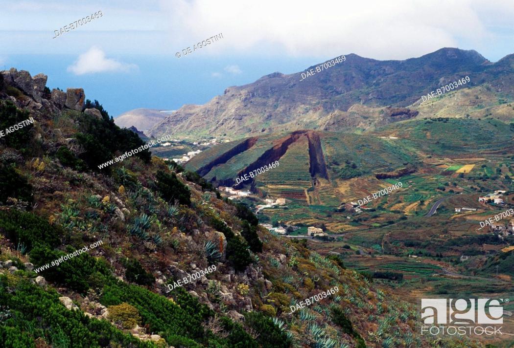 Imagen: Mountainous landscape in Tenerife, Canary Islands, Spain.