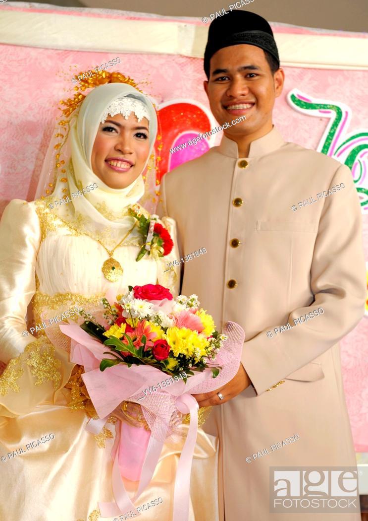 bride and groom , islamic wedding , muslim community