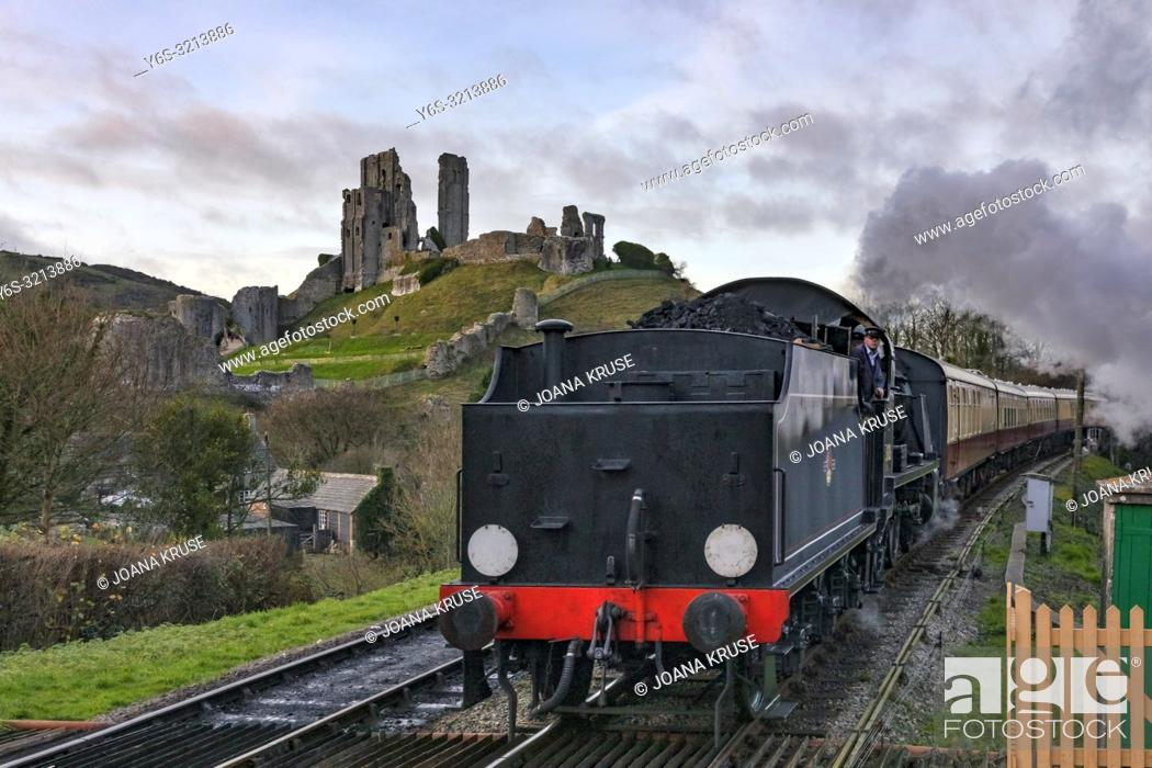 Stock Photo: Corfe Castle, steam train, Dorset, England, United Kingdom.