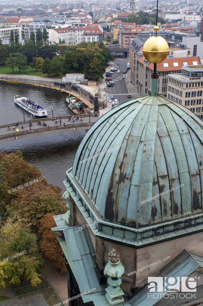 Imagen: Berlin Cathedral or Berliner Dom when sunset, Berlin, Germany.