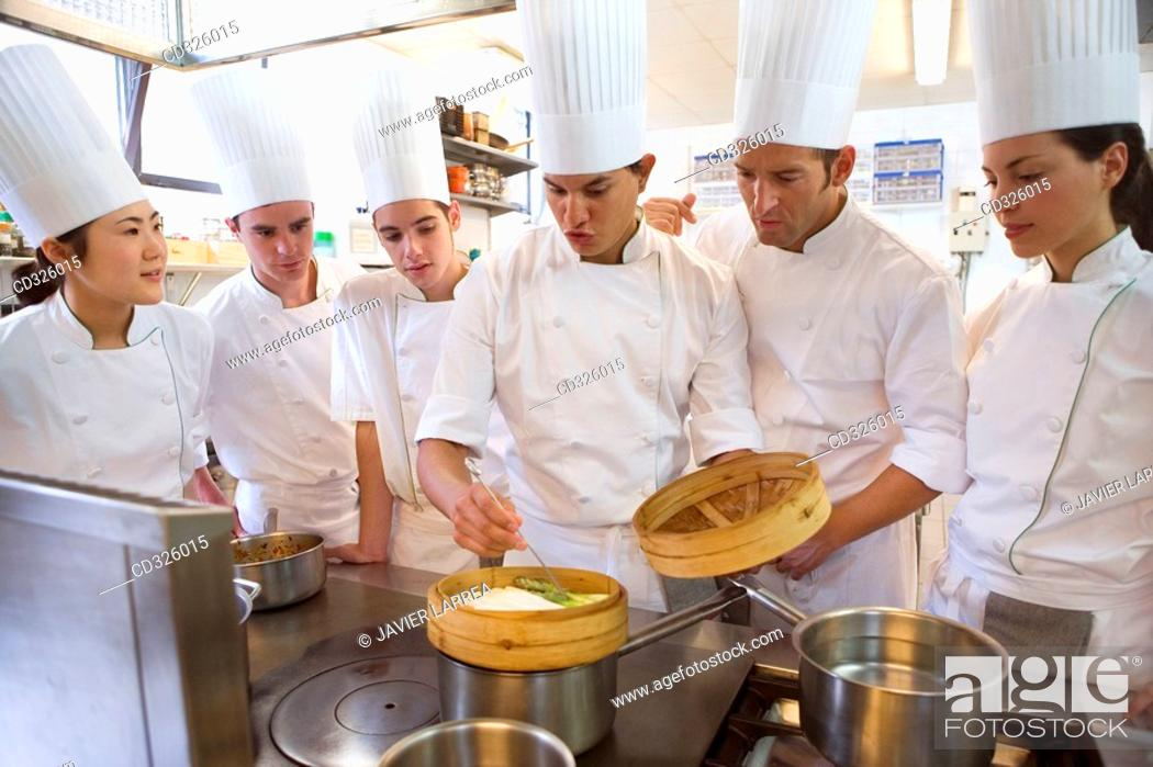 Stock Photo: Cooking asparagus. Luis Irizar cooking school. Donostia, Gipuzkoa, Basque Country, Spain.
