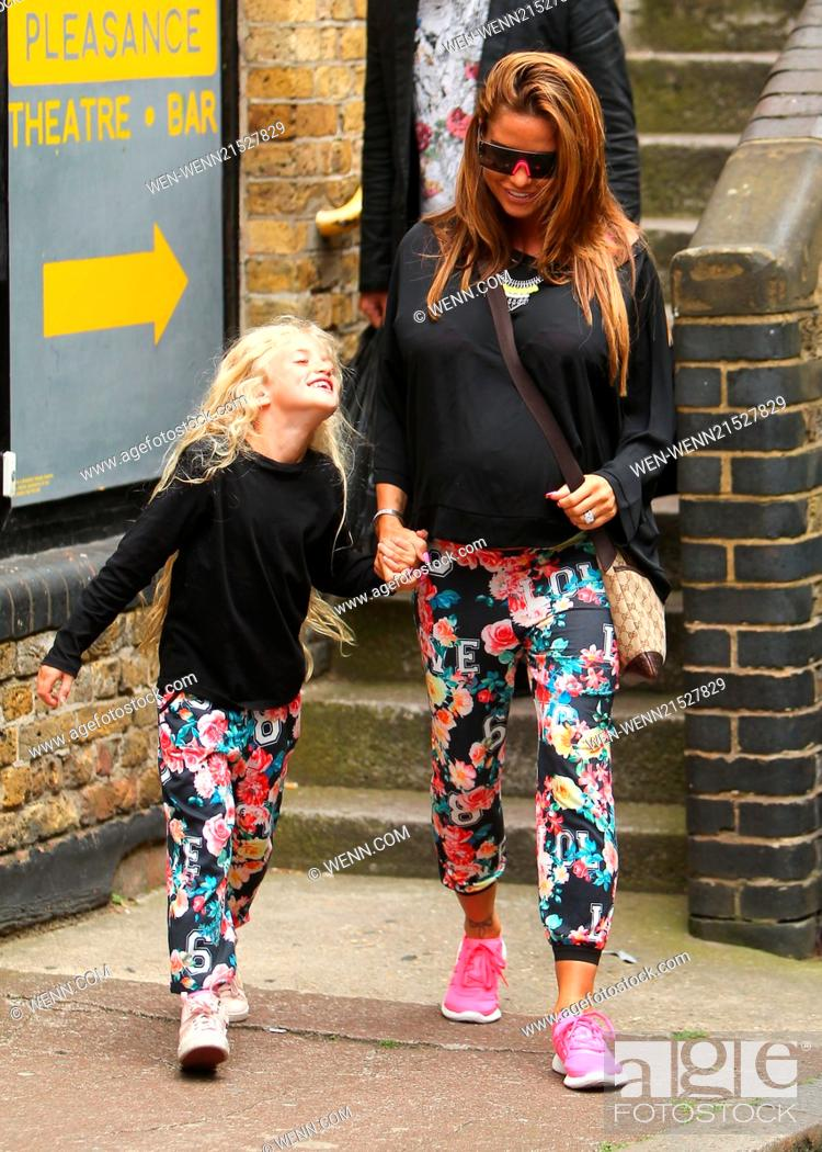 Katie Price Leaves Fubar Radio With Her Daughter Princess After Her Weekly Show Featuring Katie Stock Photo Picture And Rights Managed Image Pic Wen Wenn21527829 Agefotostock