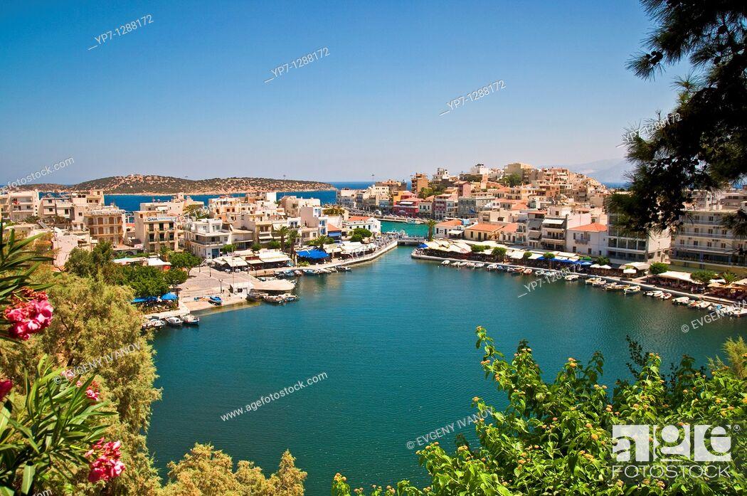 Stock Photo: Lake Voulismeni in Agios Nikolaos, Crete.