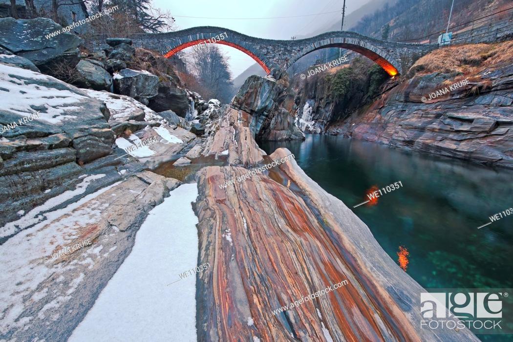 Stock Photo: the famous old bridge Ponte dei Salti in Lavertezzo, Ticino.