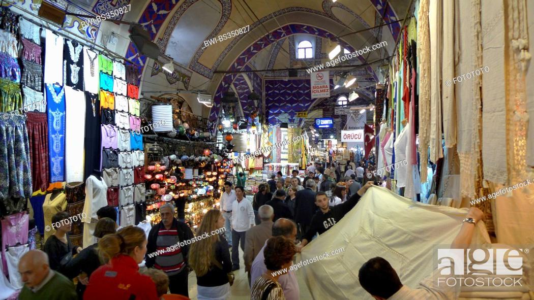 Stock Photo: Grand Bazaar, sale of clothing, Turkey, Istanbul, Eminoenue, Beyazit.