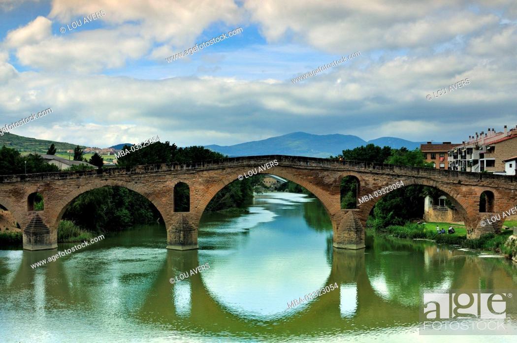 Stock Photo: Spain, Way of St. James, medieval pilgrim's bridge in Puente la Reina,.