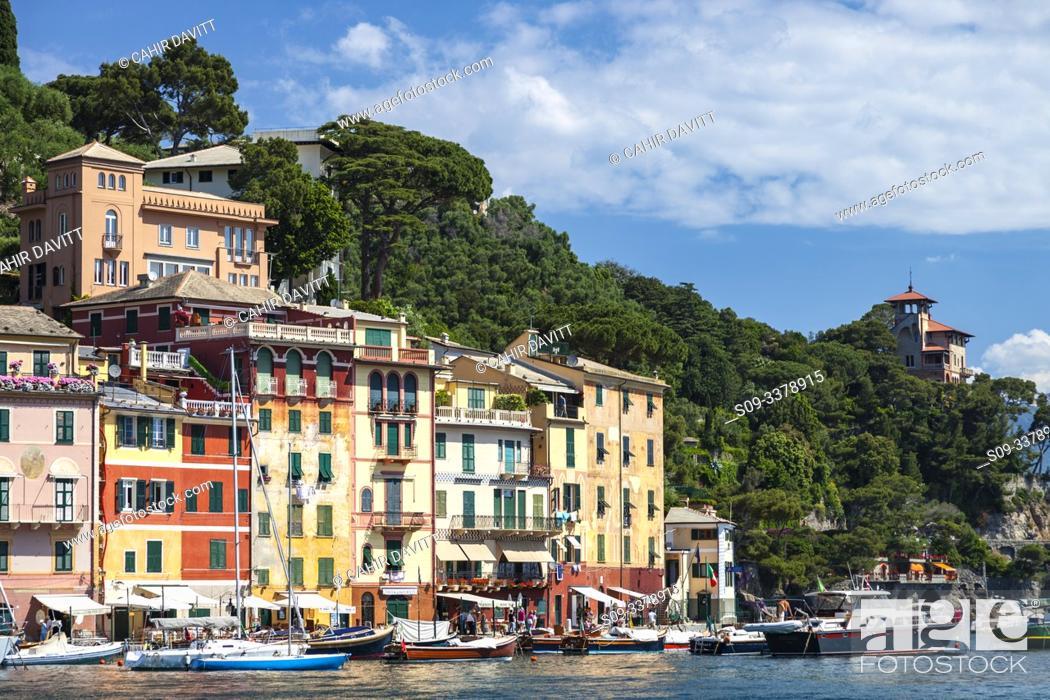 Stock Photo: Portofino Harbour front and Marina, Portofino, Paraggi, Liguria, Italy.