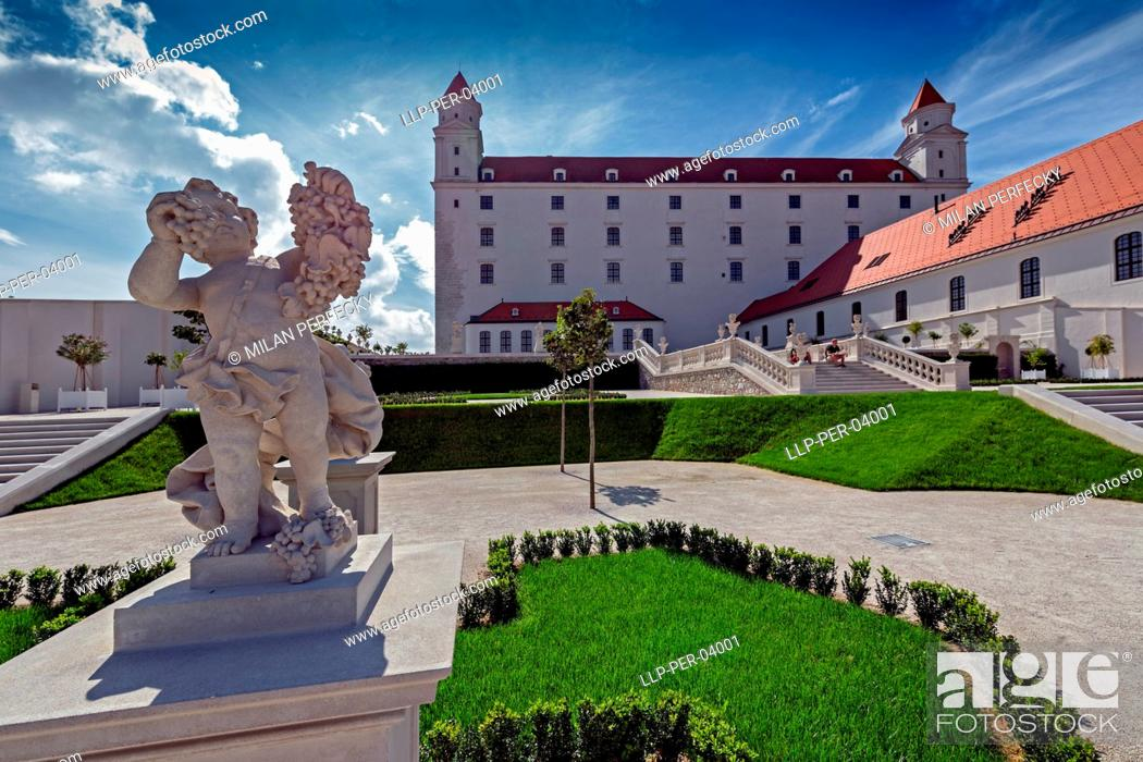 Stock Photo: Castle gardens, Bratislava - Slovakia.