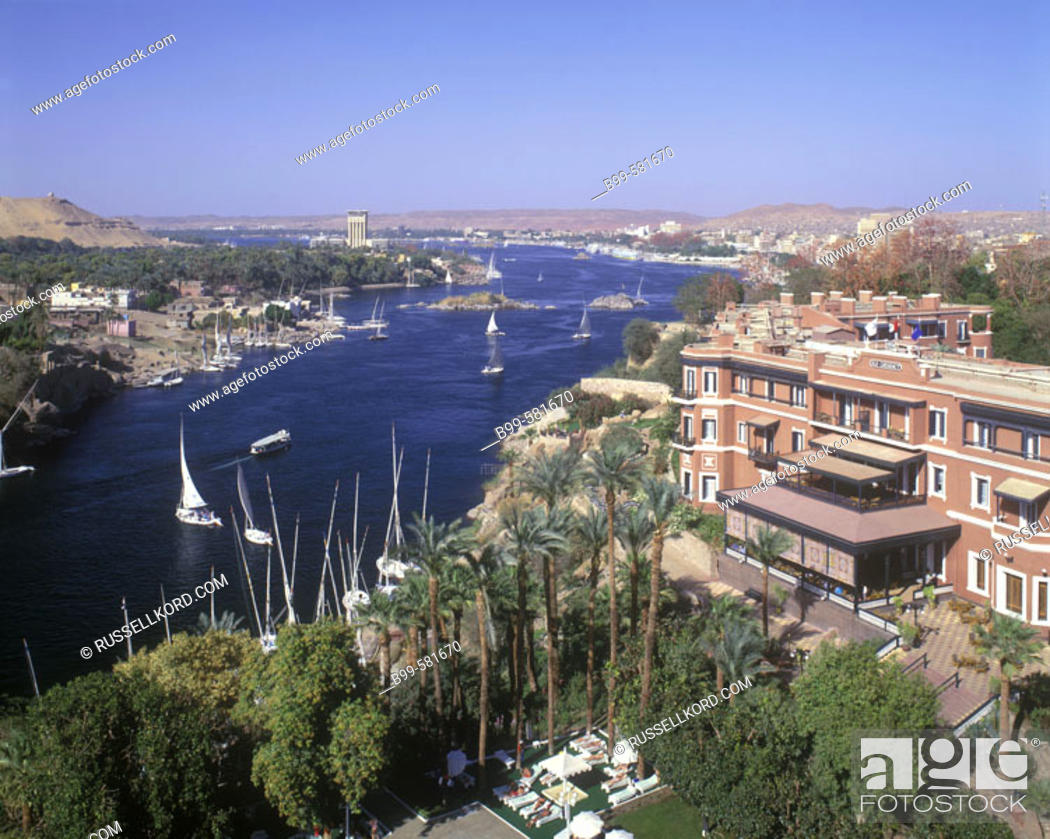 Stock Photo: Old Cateract Hotel, River Nile, Aswan, Egypt.