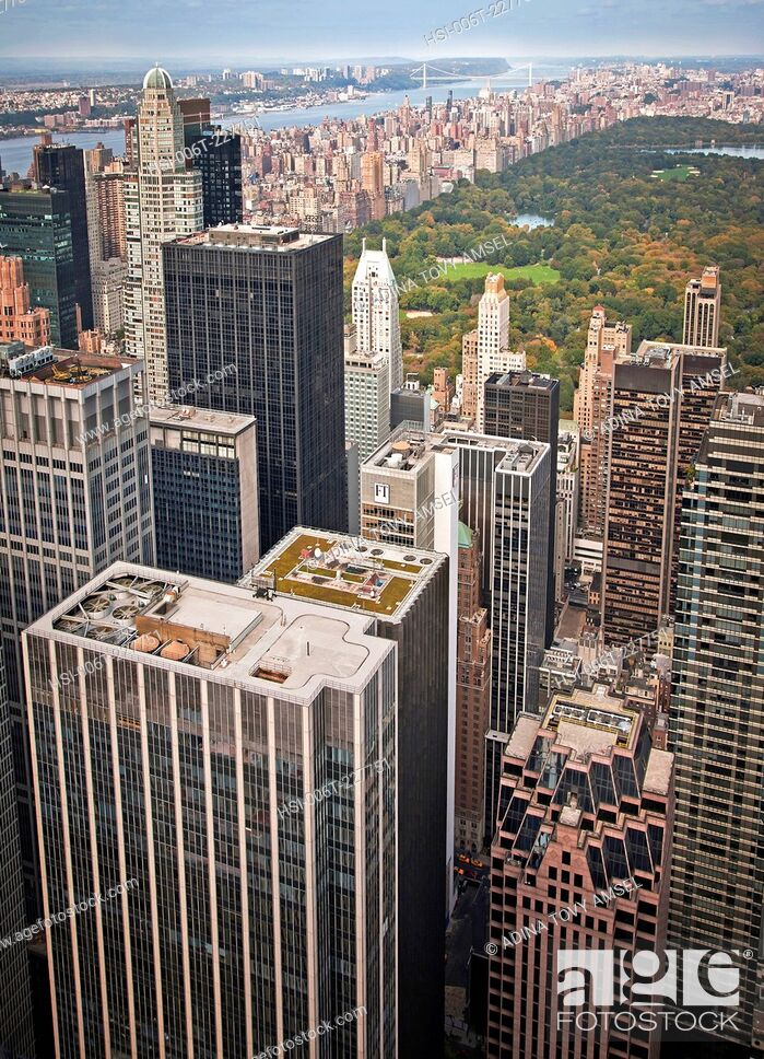 Stock Photo: United States of America. New York. Manhattan. View from observation platform on top of Rockefeller Center. Skyscrapers. Central Park.