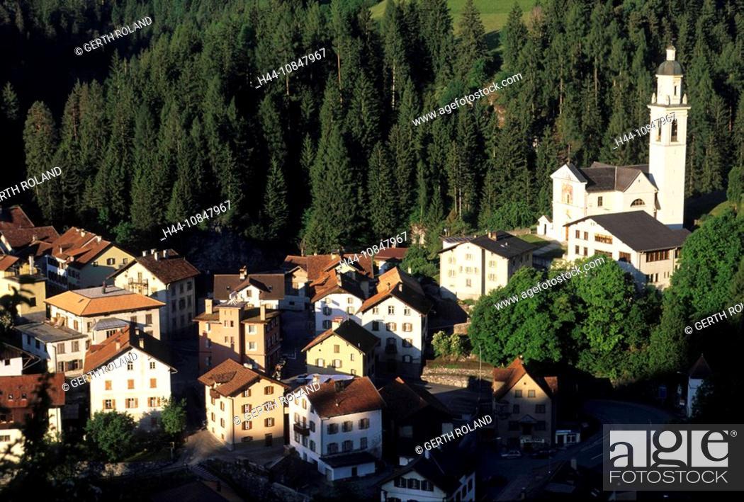 Stock Photo: Switzerland, Europe, Tiefencastel, Canton Grisons, Graubunden, Grisons, Oberhalbstein, Tiefencastel village, houses, h.