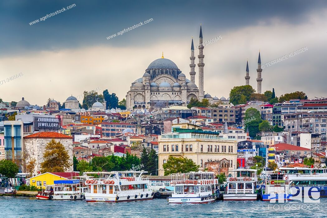 Stock Photo: The Süleymaniye Mosque in Istanbul, Turkey, Eurasia.