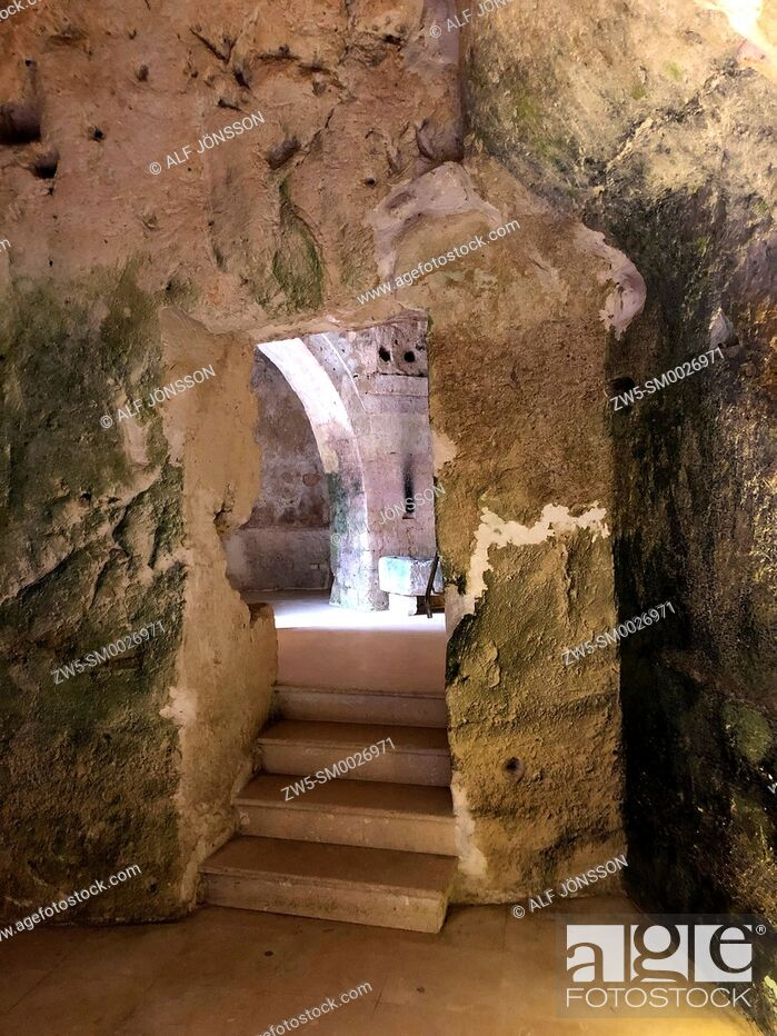 Stock Photo: Inside an abandoned house in cave dwellings of Sassi di Matera in Sasso Barisano, Unesco World Heritage Site, Matera, Italy, Europe.